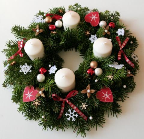 Couronnes de Noël et centres de table